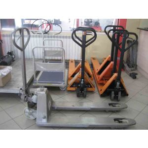 Транспалетна количка галванизирана 2500 кг