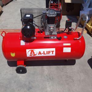 Компресор за въздух бутален 200литра/250  2,2 KW, модел IC-200